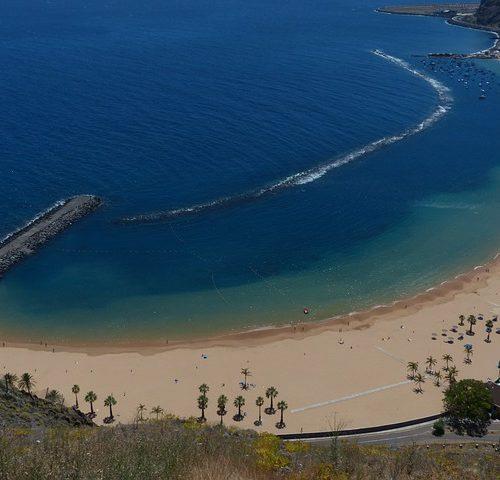 beach-406435_640